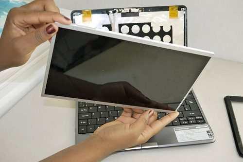 Thay màn hình laptop đường Thăng Long
