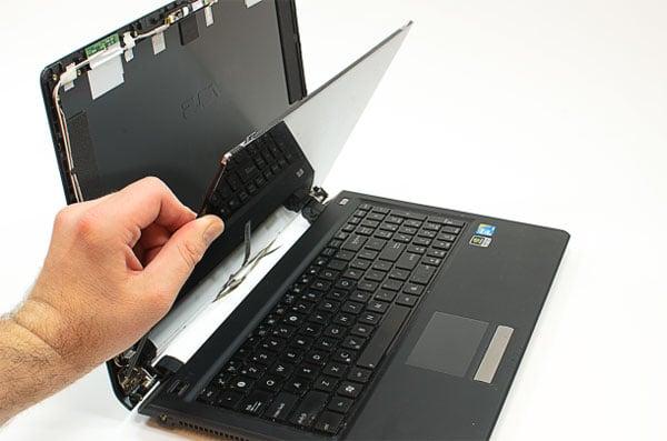 Thay màn hình laptop đường võ thị sáu