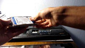 Thay ổ cứng laptop đường trần huy liệu