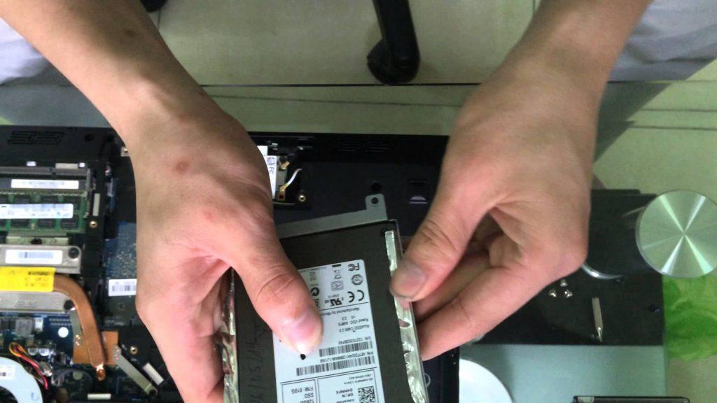 Thay ổ cứng laptop quận 4