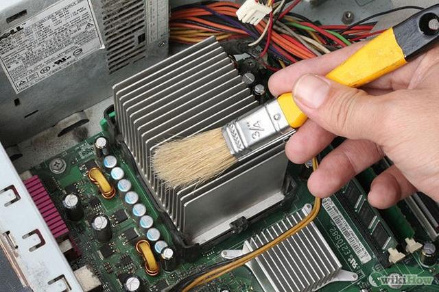 Vệ sinh máy tính phòng net quận 9