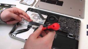 Sửa macbook đường lý thái tổ