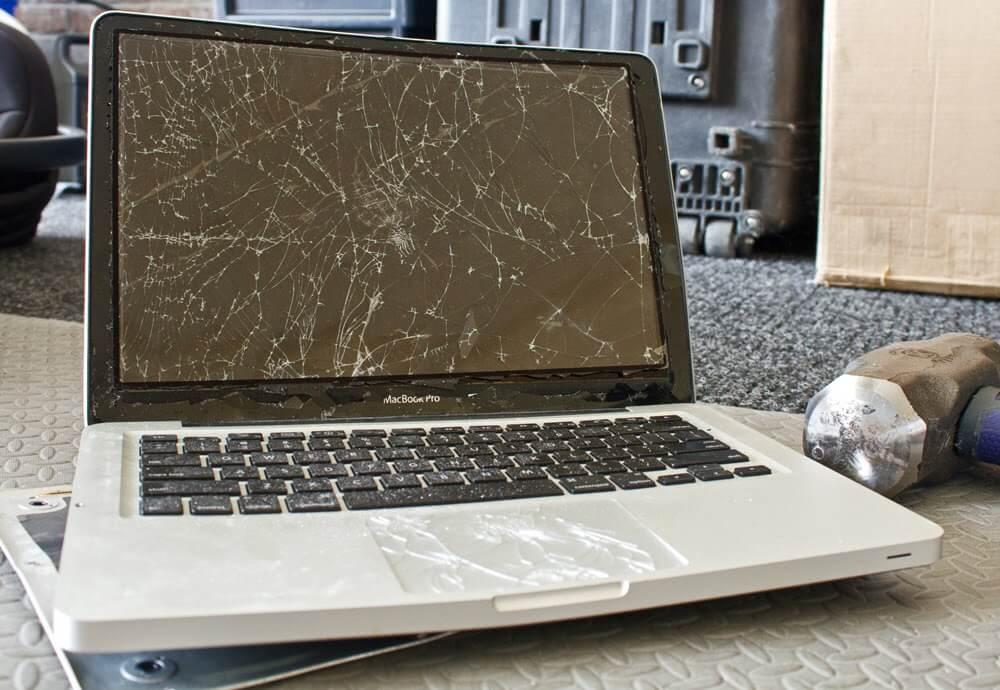 Thay màn hình macbook đường hòa hưng