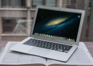 Thay màn hình macbook đường hoàng văn thụ
