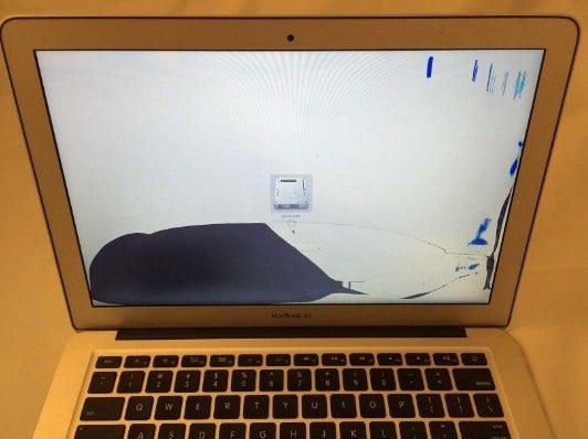Thay màn hình macbook đường nguyễn thông