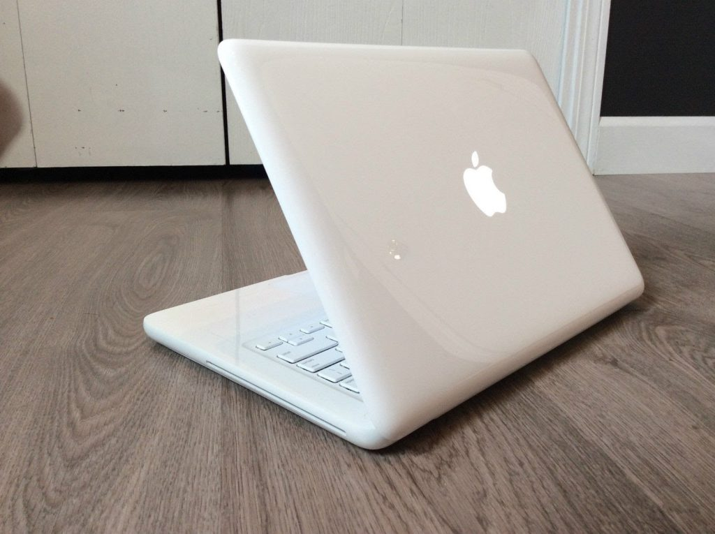 Thay màn hình macbook đường trần quốc thảo